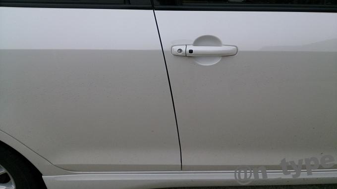 スイフト 風切り音防止モール 取付後 運転席側