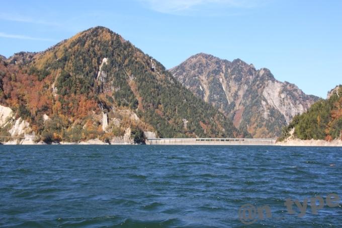ガルベから見た黒部ダムの堤体