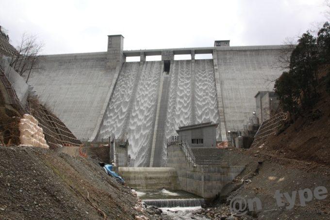河内川ダム 下流から